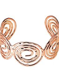 abordables -Bracelet Jonc Manchettes Bracelets Femme Géométrique Elégant style occidental Bracelet Bijoux Argent Or Rose Champagne Forme Géométrique pour Vacances Travail Festival