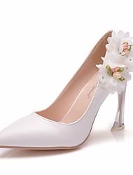 cheap -Women's PU(Polyurethane) Spring &  Fall Minimalism Wedding Shoes Heterotypic Heel Pointed Toe Crystal / Satin Flower White