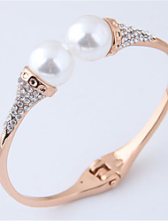 cheap -Women's Cuff Bracelet Classic European Fashion Elegant Imitation Pearl Bracelet Jewelry Gold / Silver For Party Birthday / Imitation Diamond