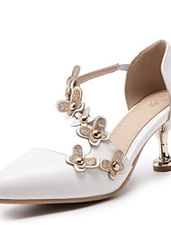 cheap -Women's PU(Polyurethane) Spring & Summer Heels Kitten Heel Pointed Toe Rivet / Stitching Lace White / Pink / Almond / Wedding / Party & Evening