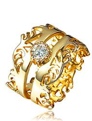 Недорогие -Жен. Заявление Кольцо Бриллиант Цирконий 1шт Золотой Позолота 18К Металл цвета желтого золота Искусственный бриллиант Мода Для вечеринок Обручение Бижутерия Классический