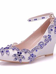 cheap -Women's PU(Polyurethane) Spring & Summer Sweet Wedding Shoes Wedge Heel Pointed Toe Rhinestone / Sparkling Glitter / Buckle Royal Blue / Color Block