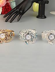 Недорогие -FEIS Жен. Часы-браслет Мода Серебристый металл Золотистый сплав Кварцевый Серебряный Красный Небесно-голубой Творчество 1 ед. Аналого-цифровые