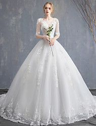 cheap -Ball Gown Wedding Dresses Scoop Neck Chapel Train Lace Tulle Sequined Half Sleeve Glamorous See-Through Illusion Sleeve with Lace Appliques 2020