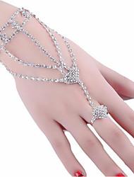 cheap -Women's Ring Bracelet / Slave bracelet Cut Out Heart Precious Sweet Fashion Rhinestone Bracelet Jewelry Silver For Wedding Party Engagement Promise