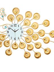 Недорогие -Современный современный / Мода стекло / Нержавеющая сталь Круглый Применение Батарея Украшение Настенные часы Аналоговый Нержавеющая сталь Нет
