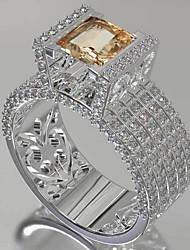 Недорогие -Жен. Кольцо Обручальное кольцо Цирконий 1шт Белый Камни и кристаллы Медь Геометрической формы модный Для вечеринок Подарок Бижутерия Рыбки Cool