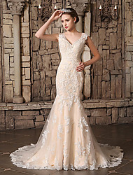 cheap -Mermaid / Trumpet V Neck Chapel Train Lace / Tulle Regular Straps Wedding Dresses with Lace / Pearls / Beading 2020