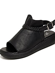 cheap -Women's Sandals Low Heel PU Casual Summer Black / White