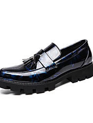 cheap -Men's Dress Shoes Patent Leather Spring & Summer / Fall & Winter Casual Loafers & Slip-Ons Walking Shoes Breathable Black / Blue / Tassel / Party & Evening