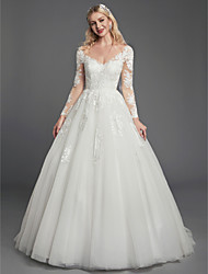 cheap -Ball Gown V Neck Court Train Lace / Tulle Long Sleeve Romantic See-Through / Backless / Illusion Sleeve Wedding Dresses with Lace / Appliques 2020