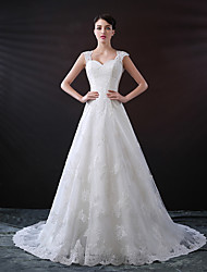 cheap -A-Line Sweetheart Neckline Chapel Train Lace / Tulle Regular Straps Wedding Dresses with Buttons / Appliques 2020