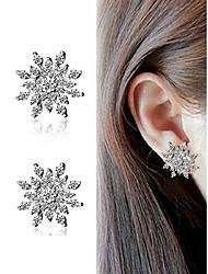 cheap -Women's Clear Orange AAA Cubic Zirconia Ear Piercing Stud Earrings Earrings Hollow Out Snowflake Trendy Romantic Fashion Cute Elegant Imitation Diamond Earrings Jewelry Gold / Silver For Graduation
