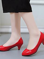 cheap -Women's Heels Stiletto Heel Round Toe Office & Career PU White Black Red