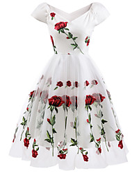 cheap -A-Line Floral White Holiday Cocktail Party Dress Off Shoulder Short Sleeve Knee Length Organza Stretch Satin with Embroidery Appliques 2020