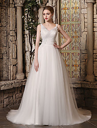 cheap -Ball Gown V Neck Court Train Lace / Tulle Spaghetti Strap Wedding Dresses with Buttons / Beading / Appliques 2020