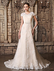 cheap -A-Line V Neck Court Train Lace / Tulle Cap Sleeve Wedding Dresses with Lace / Beading / Appliques 2020