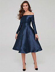 cheap -A-Line Off Shoulder Knee Length Satin Elegant / Blue Wedding Guest / Cocktail Party Dress with Pleats 2020