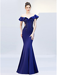 cheap -Mermaid / Trumpet Off Shoulder Sweep / Brush Train Satin Elegant & Luxurious / Elegant Formal Evening Dress with Beading / Crystals 2020