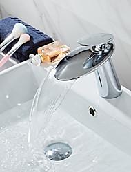 Недорогие -Смеситель - Водопад Хром По центру Одной ручкой одно отверстиеBath Taps