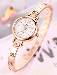 cheap -Women's Bracelet Watch Fashion Elegant Silver Gold Alloy Chinese Quartz Golden+Red Silvery / White Silver-Rose Imitation Diamond 1 pc Analog