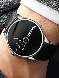 Недорогие -Муж. Нарядные часы Кварцевый Современный Стильные Кожа Черный 30 m Защита от влаги Творчество Повседневные часы Аналоговый На каждый день Мода - Белый Черный Один год Срок службы батареи