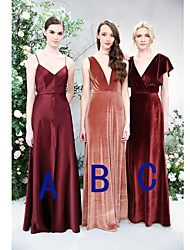 cheap -A-Line Spaghetti Strap / Plunging Neck Floor Length Satin / Velvet Bridesmaid Dress with Ruching