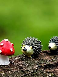 cheap -3Pcs/Set Fairy Garden Gnomes Moss Terrarium Resin Crafts Decorations Artificial Mini Hedgehog with Red Dot Mushroom Miniatures