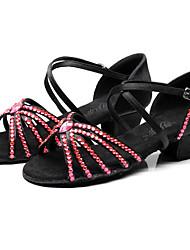 Недорогие -Девочки Танцевальная обувь Сатин Обувь для латины Пряжки / Кристаллы / Crystal / Rhinestone На каблуках Толстая каблук Синий / Розовый и белый / Темно-синий / Выступление