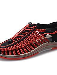 Недорогие -Муж. Комфортная обувь Полиуретан / Эластичная ткань Весна лето На каждый день Сандалии Дышащий Черный / Красный / Синий