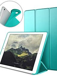 Недорогие -Кейс для Назначение Apple iPad (2018) / iPad (2017) Защита от пыли / Авто Режим сна / Пробуждение Чехол Однотонный Твердый Кожа PU