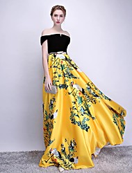 cheap -A-Line Elegant Chinese Style Formal Evening Dress Off Shoulder Short Sleeve Sweep / Brush Train Tweed Satin Velvet with Sash / Ribbon Pattern / Print 2020