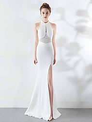 cheap -Mermaid / Trumpet Halter Neck Sweep / Brush Train Satin Elegant & Luxurious / Furcal Formal Evening Dress with Beading / Split Front 2020