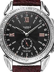 Недорогие -YAZOLE Муж. Нарядные часы Кварцевый Стильные Натуральная кожа Черный / Коричневый Защита от влаги Новый дизайн Повседневные часы Аналоговый На каждый день -