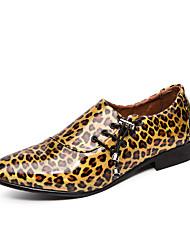 abordables -Homme Chaussures Formal Cuir / Cuir Verni Printemps été / Automne hiver Business / Simple Oxfords Golf Shoes Chaud Léopard Violet / Dorée / Bleu / Mariage / Soirée & Evénement / Mariage