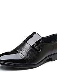 Недорогие -Муж. Официальная обувь Микроволокно Весна лето Деловые Мокасины и Свитер Доказательство износа Черный / Офис и карьера