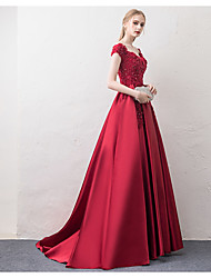 cheap -A-Line Off Shoulder Court Train Satin / Floral Lace Elegant / Red Prom / Formal Evening Dress with Beading / Appliques 2020