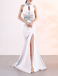 cheap -Mermaid / Trumpet Halter Neck Sweep / Brush Train Satin Sexy / Elegant & Luxurious Formal Evening Dress with Crystals / Split Front 2020