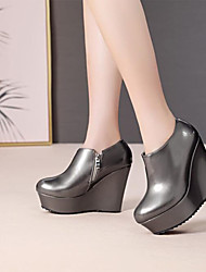 cheap -Women's Boots Wedge Heel Round Toe PU(Polyurethane) Booties / Ankle Boots Fall & Winter Champagne / Silver / Party & Evening