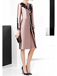 cheap -Two Piece Sheath / Column Mother of the Bride Dress Elegant Vintage Plus Size Jewel Neck Knee Length Satin Long Sleeve with Appliques 2020