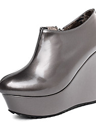 cheap -Women's Boots Wedge Heel Round Toe PU Booties / Ankle Boots Classic Fall & Winter Dark Grey / Silver / Party & Evening