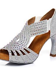 """Недорогие -Жен. Танцевальная обувь Синтетика Обувь для латины Crystal / Rhinestone На каблуках Каблук """"Клеш"""" Серебряный / Выступление"""