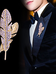 cheap -Men's Crystal Brooches Classic Creative Feather Luxury Classic Basic Rock Fashion Rhinestone Brooch Jewelry Gold Silver For Wedding Party Daily Work Club
