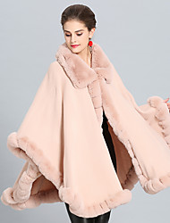 cheap -Sleeveless Capes Faux Fur / Imitation Cashmere Wedding / Party / Evening Women's Wrap With Splicing