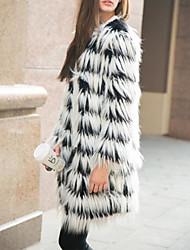 cheap -Women's Daily Long Faux Fur Coat, Color Block Round Neck Long Sleeve Faux Fur White