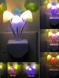 Недорогие -новинка гриб гриб ночной свет ес&усилитель; мы подключить датчик света 220 В 3 светодиодные красочные грибов лампы ночные огни
