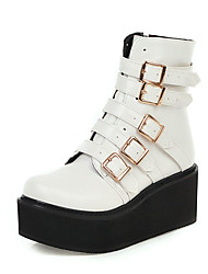 cheap -Women's Boots Platform Round Toe Buckle PU Booties / Ankle Boots Casual / British Fall & Winter White / Black