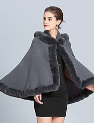 cheap -Sleeveless Capes Faux Fur / Imitation Cashmere Wedding / Party / Evening Women's Wrap With Pom-pom / Splicing