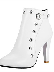 cheap -Women's Boots Chunky Heel Round Toe Rivet PU Booties / Ankle Boots Fall & Winter Black / White / Red