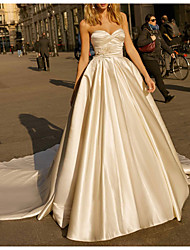 cheap -Ball Gown Wedding Dresses Sweetheart Neckline Chapel Train Satin Strapless Simple Plus Size with Feathers / Fur Ruched 2021